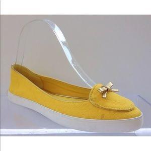 59411ed15ed Tory Burch Dakota Daisy Yellow Pointy Toe Canvas